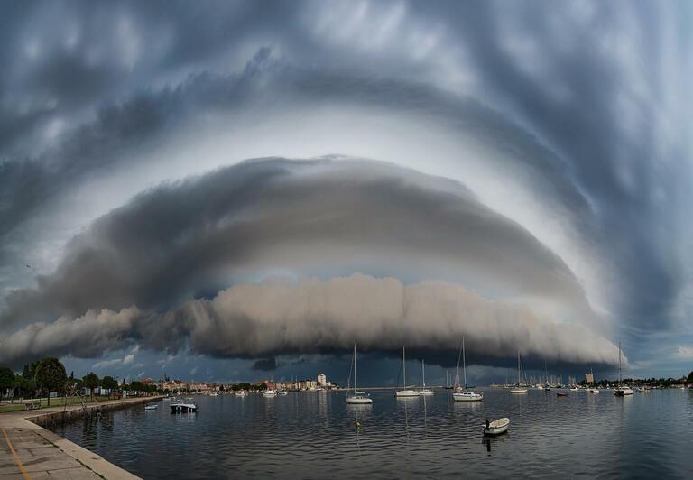 Maja Kraljik with 'Shelf Cloud Over the Sea'